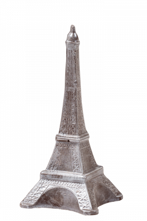 Фигурка из кондитерской глазури Эйфелева башня