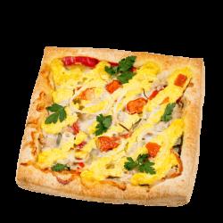 Пицца слоеная с мясом курицы